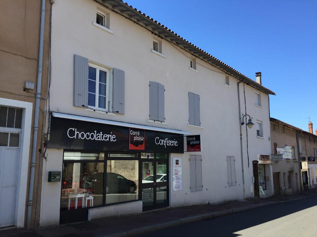 Achat Appartement 2 pièces à La Tour-de-Salvagny - vignette-1