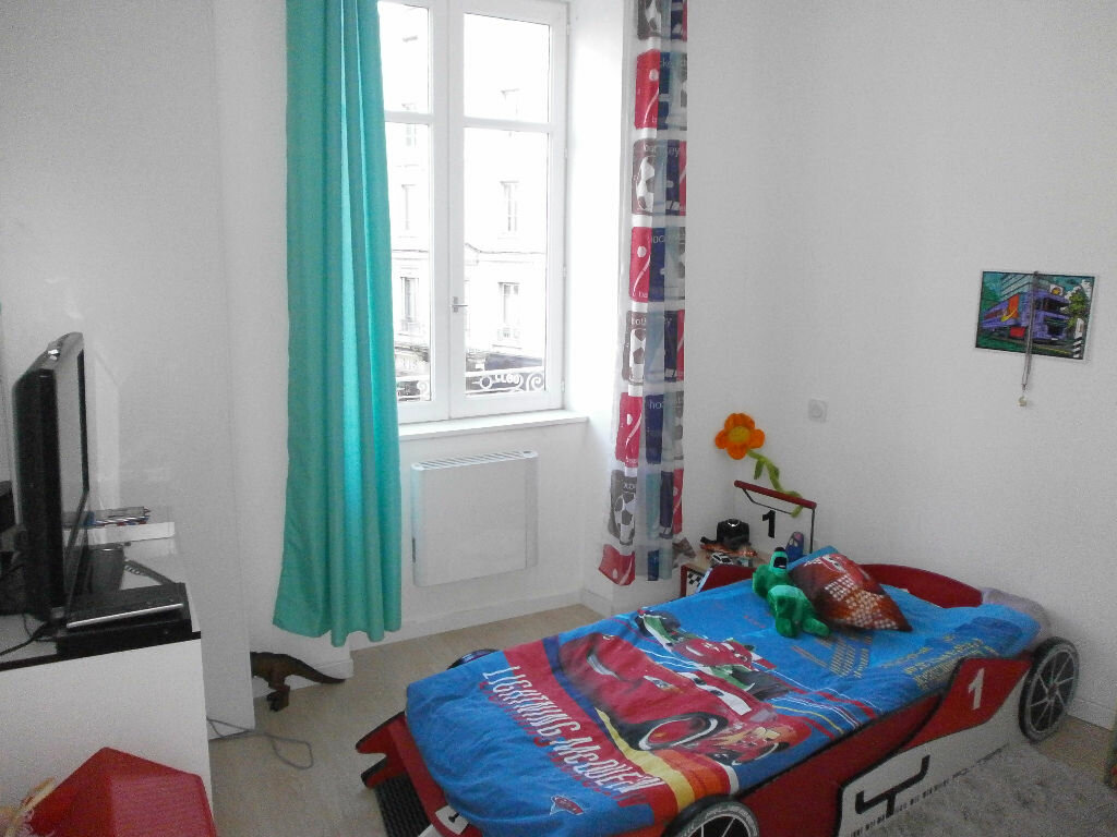 Achat Appartement 3 pièces à Tarare - vignette-4