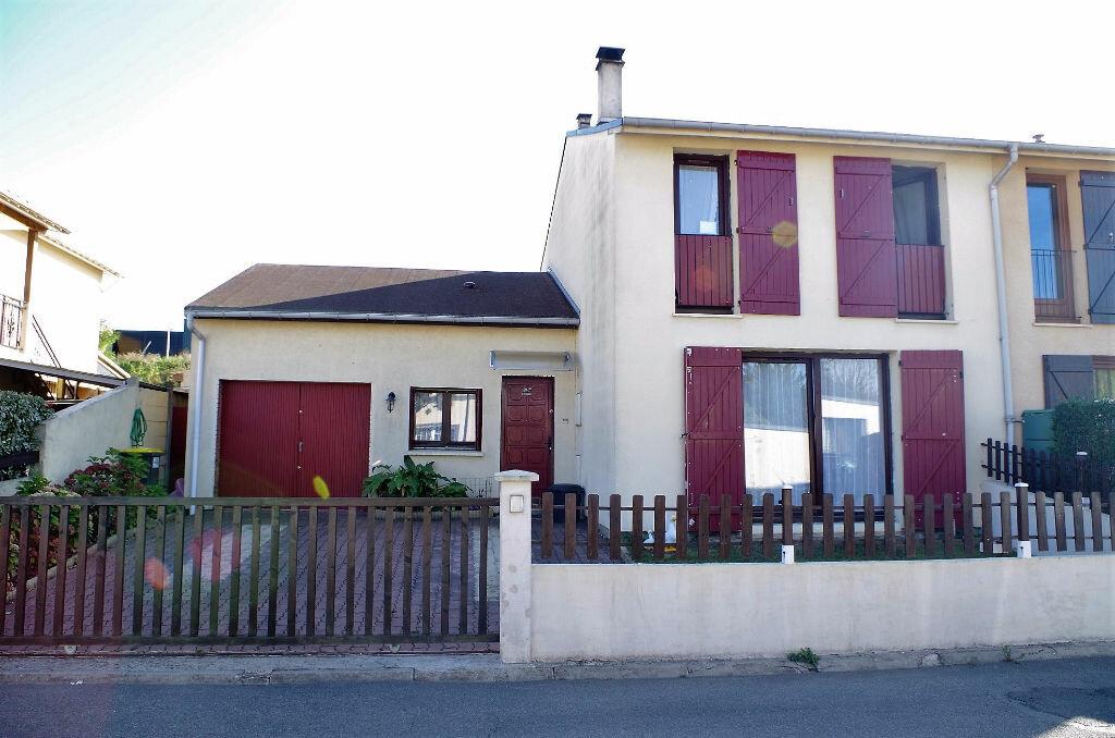 Achat Maison 6 pièces à Roissy-en-Brie - vignette-10