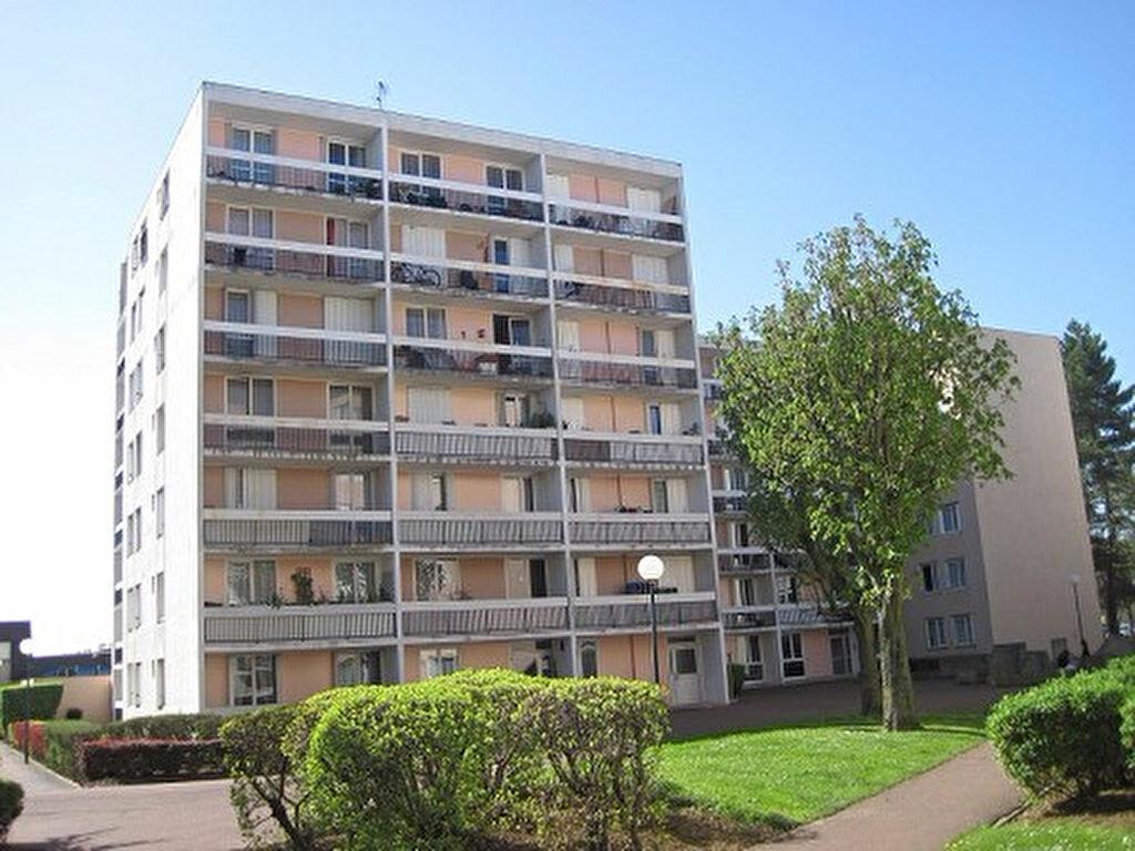 Achat Appartement 5 pièces à Roissy-en-Brie - vignette-1