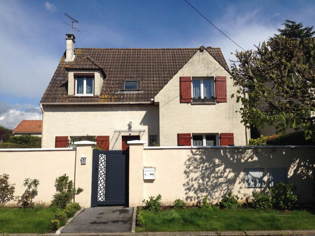 Achat Maison 7 pièces à Roissy-en-Brie - vignette-1