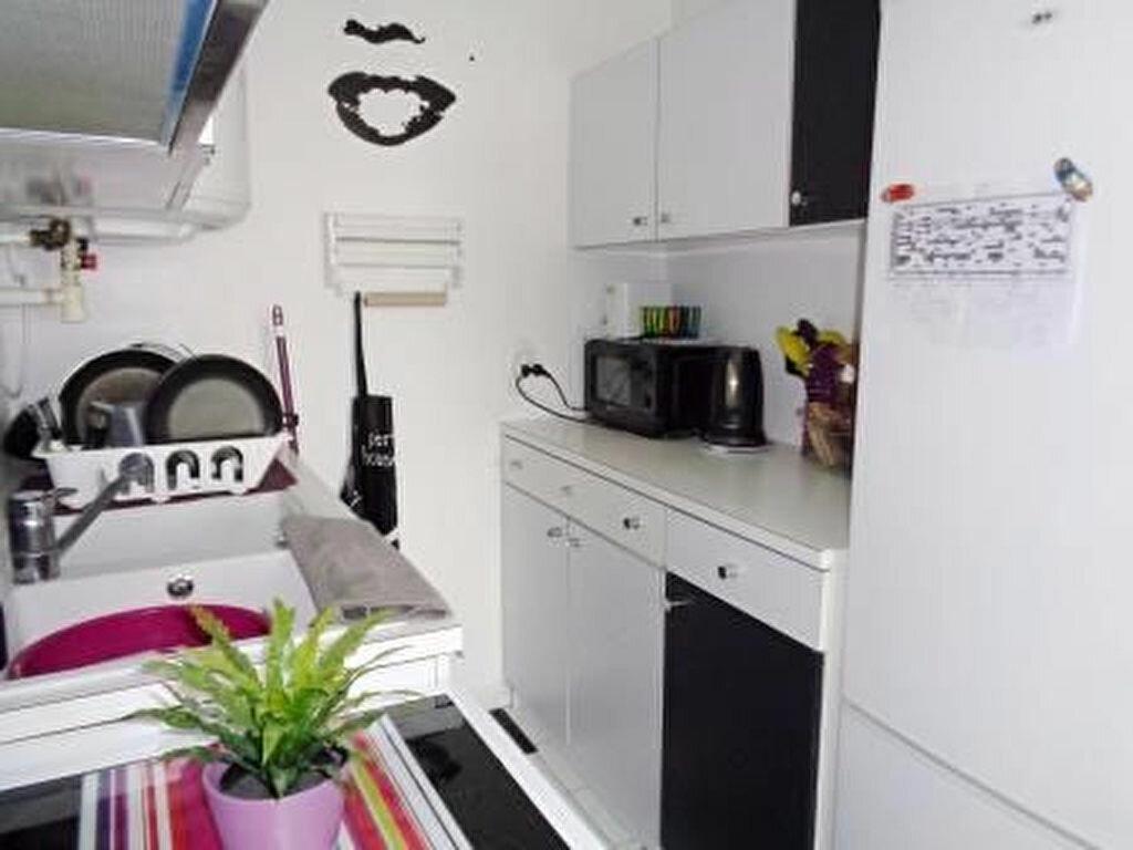 Achat Appartement 2 pièces à Roissy-en-Brie - vignette-3