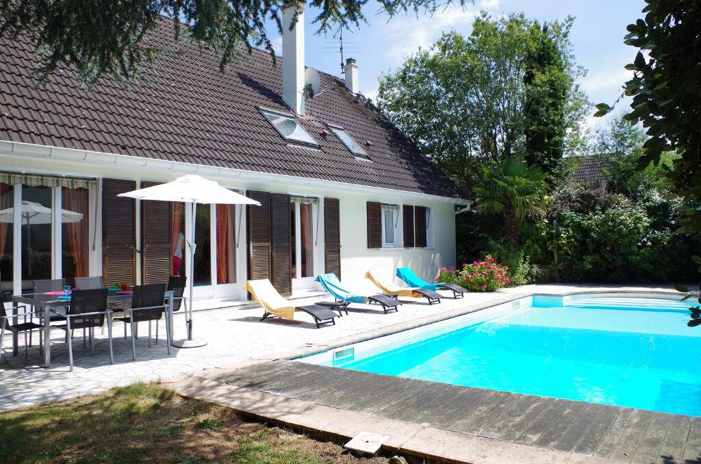 Achat Maison 7 pièces à Ozoir-la-Ferrière - vignette-1
