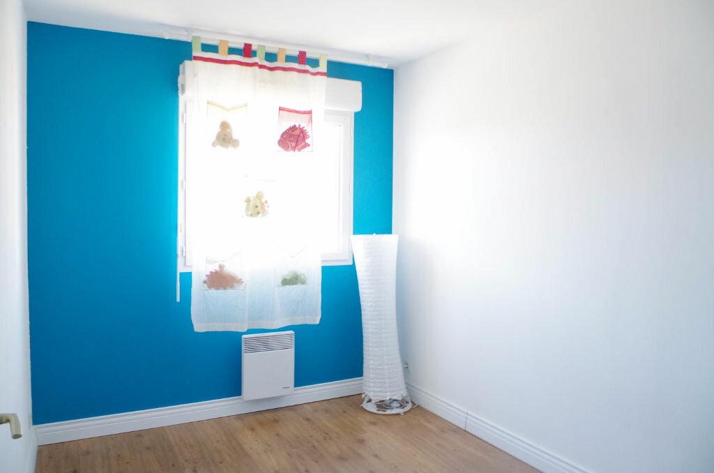 Achat Appartement 4 pièces à Roissy-en-Brie - vignette-6