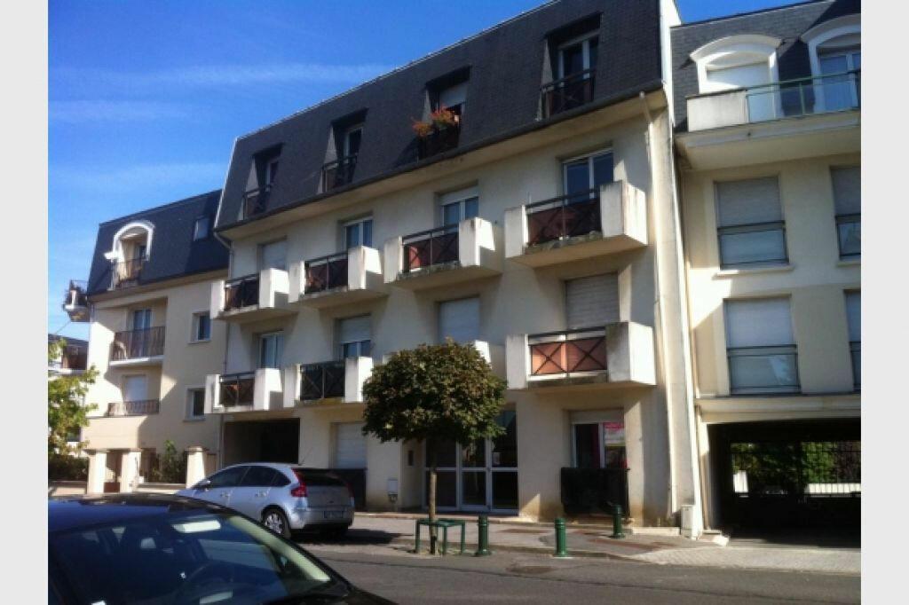 Achat Appartement 1 pièce à Pontault-Combault - vignette-1