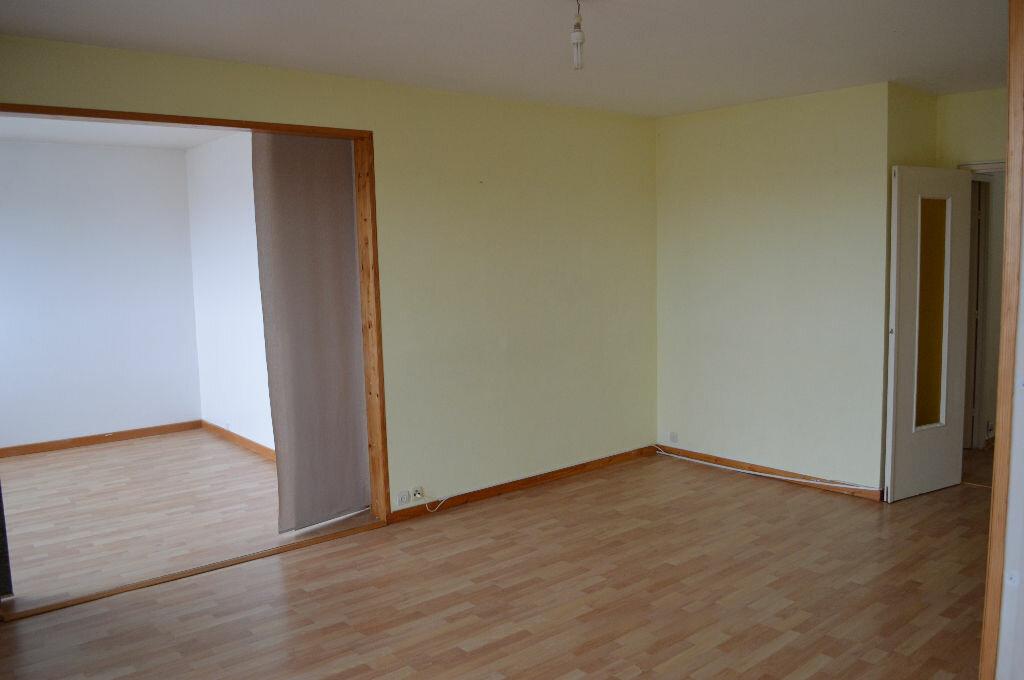 Achat Appartement 4 pièces à Rezé - vignette-1