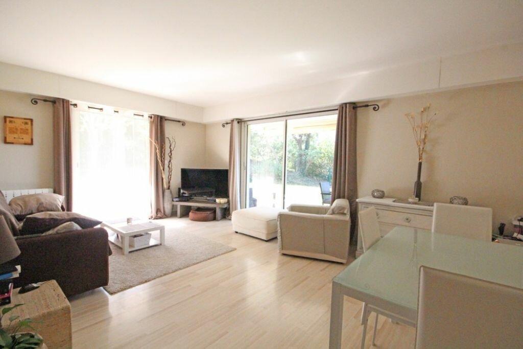 Achat Appartement 3 pièces à Mandelieu-la-Napoule - vignette-3