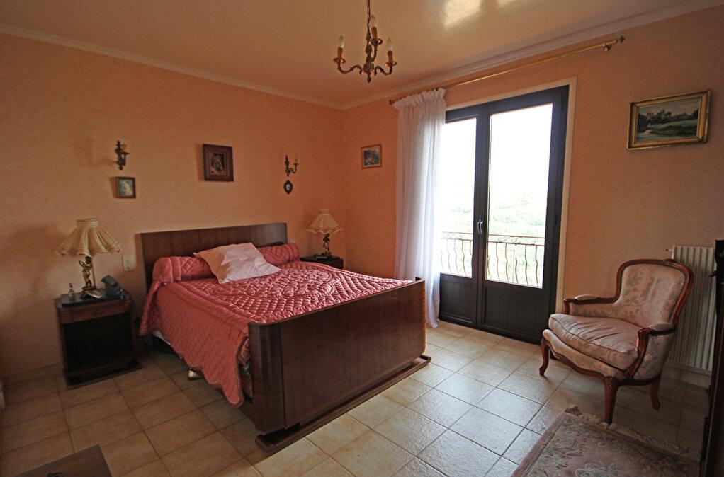 Achat Maison 6 pièces à Mandelieu-la-Napoule - vignette-12