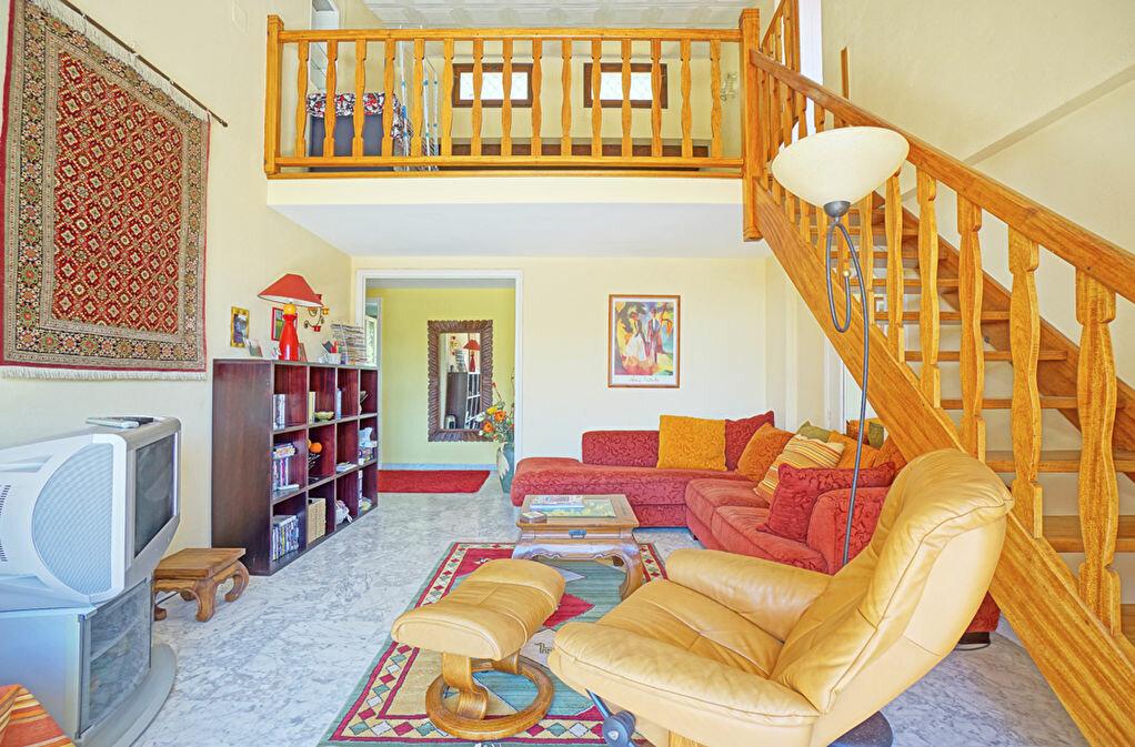 Achat Appartement 5 pièces à Mandelieu-la-Napoule - vignette-1
