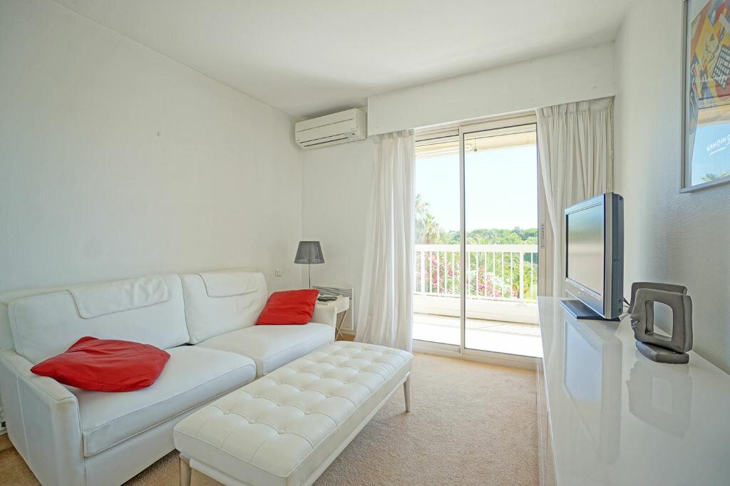 Achat Appartement 3 pièces à Mandelieu-la-Napoule - vignette-6