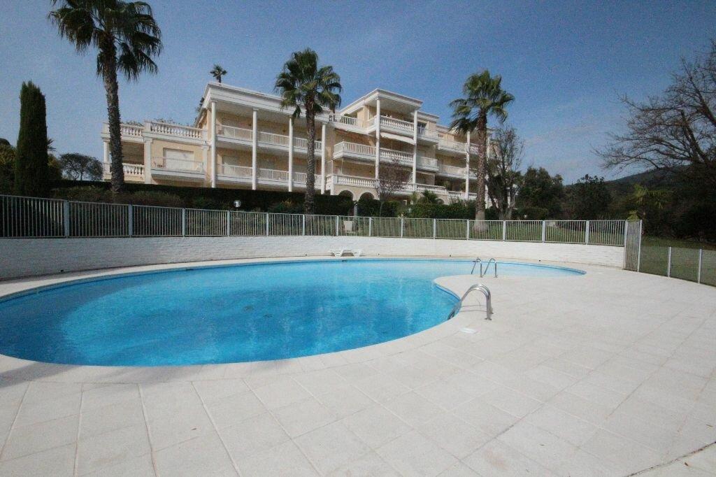 Achat Appartement 3 pièces à Mandelieu-la-Napoule - vignette-9
