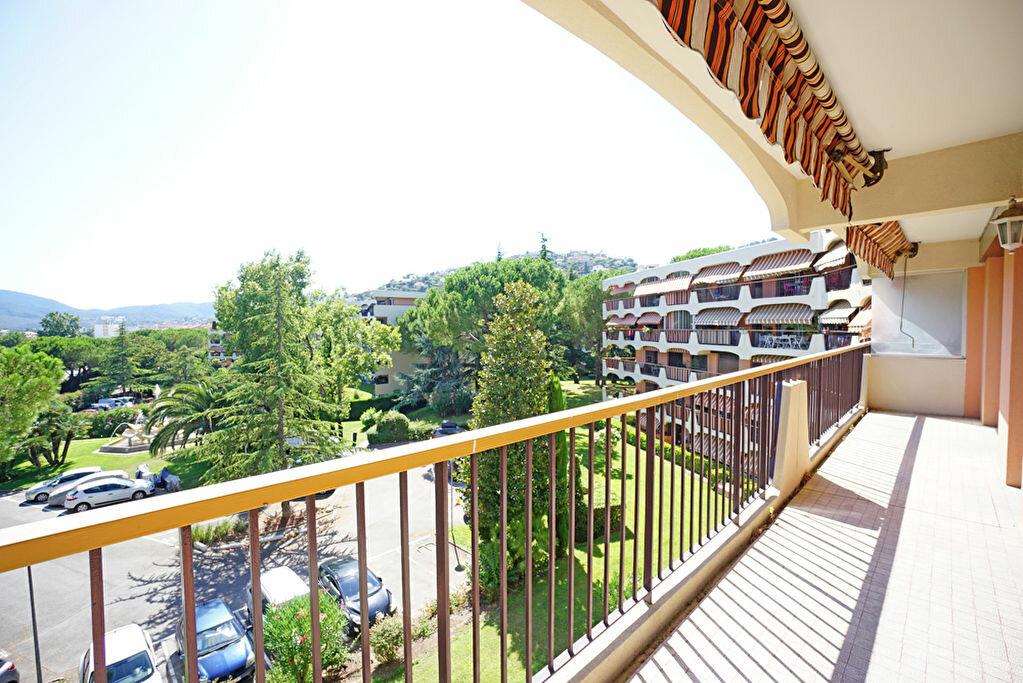 Achat Appartement 2 pièces à Mandelieu-la-Napoule - vignette-6