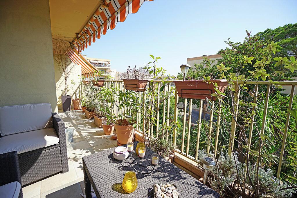 Achat Appartement 3 pièces à Mandelieu-la-Napoule - vignette-7
