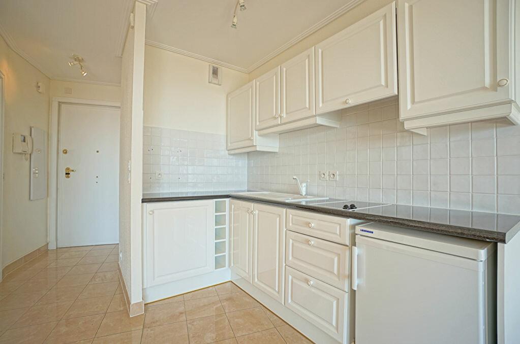 Achat Appartement 1 pièce à Mandelieu-la-Napoule - vignette-5