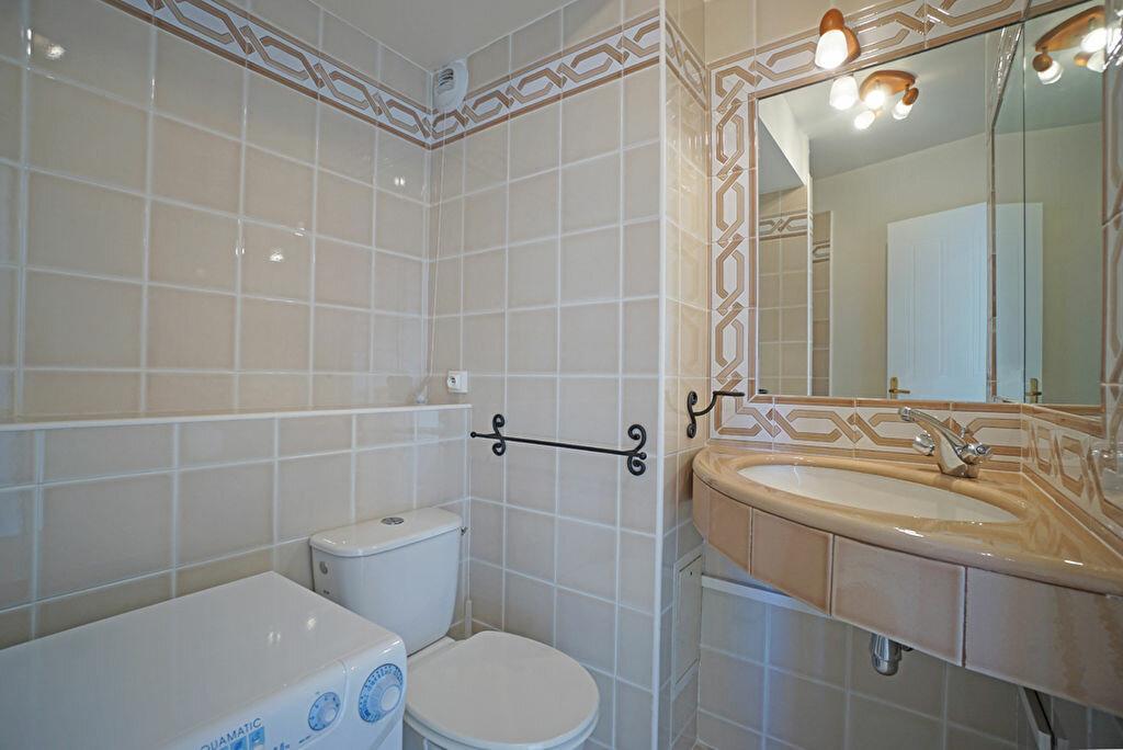 Achat Appartement 1 pièce à Mandelieu-la-Napoule - vignette-6