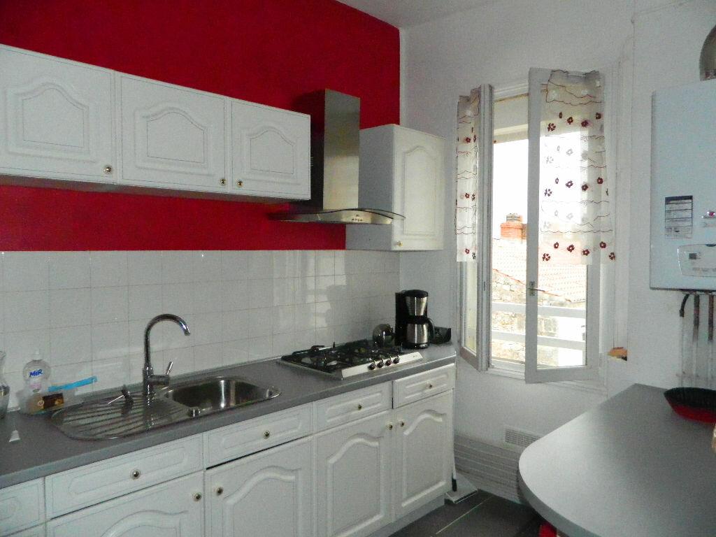 Achat Appartement 3 pièces à Rochefort - vignette-2