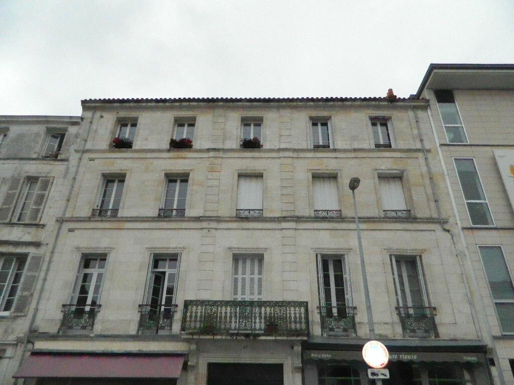 Achat Appartement 3 pièces à Rochefort - vignette-9