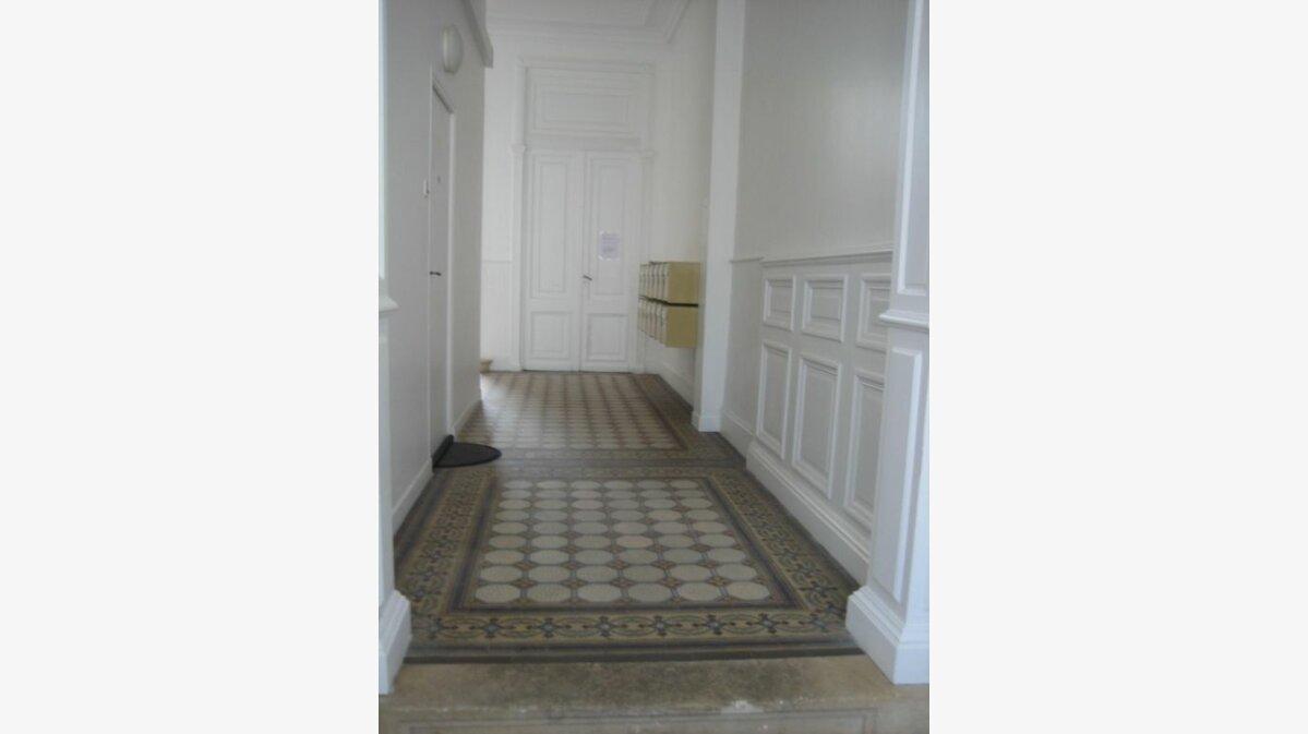 Achat Appartement 1 pièce à Rochefort - vignette-2