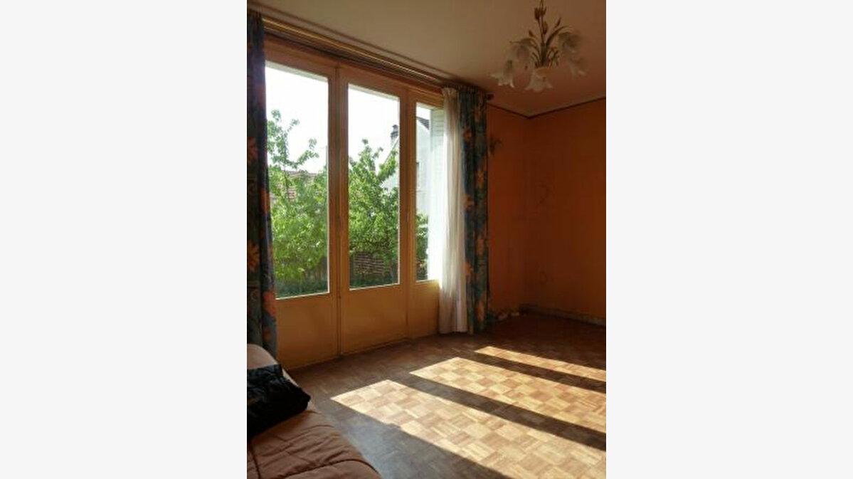Achat Maison 4 pièces à Vitry-sur-Seine - vignette-4