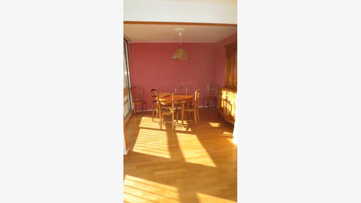 Achat Appartement 3 pièces à Fontenay-le-Fleury - vignette-1