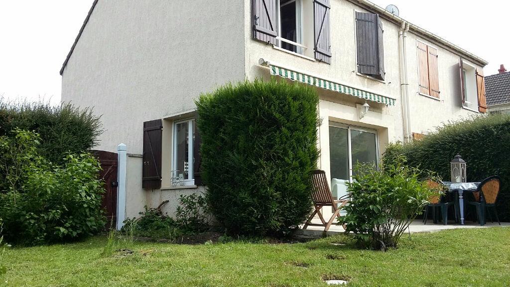 Achat Maison 5 pièces à Fontenay-le-Fleury - vignette-1