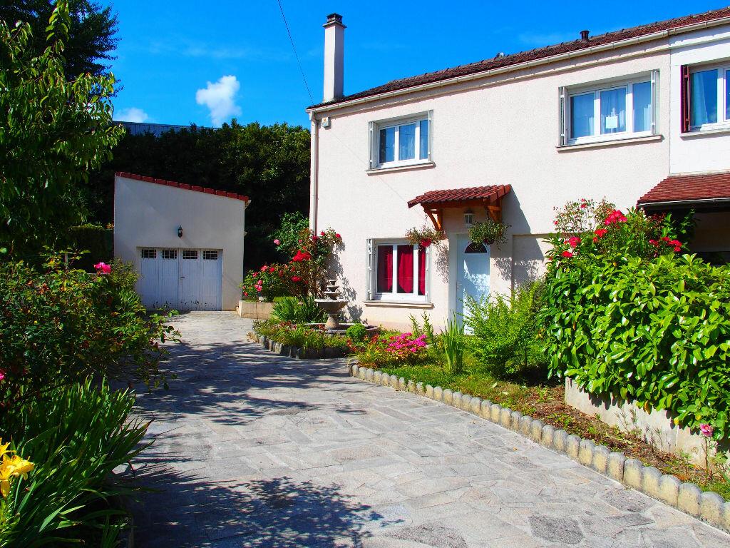 Achat Maison 6 pièces à Fontenay-le-Fleury - vignette-1