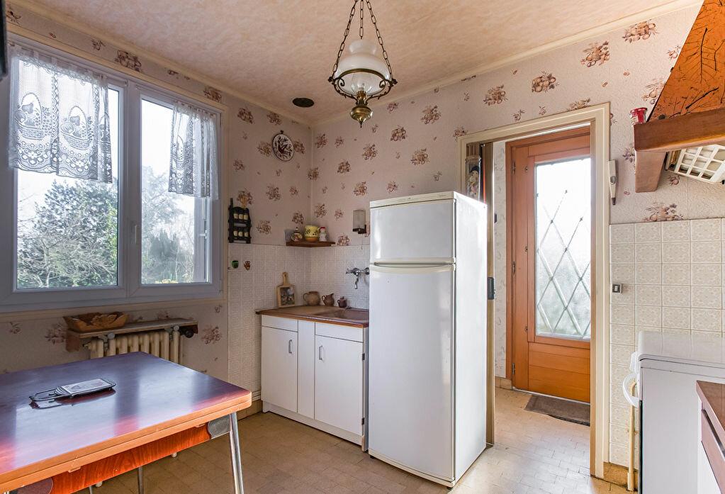 Achat Maison 4 pièces à Fontenay-le-Fleury - vignette-4