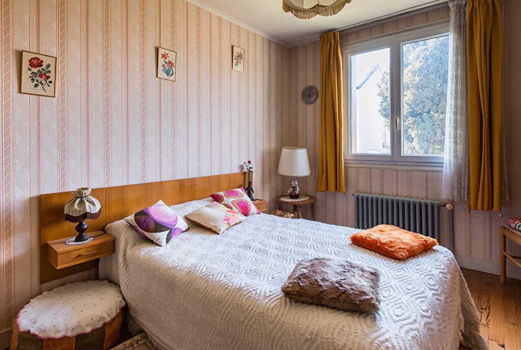 Achat Maison 4 pièces à Fontenay-le-Fleury - vignette-5