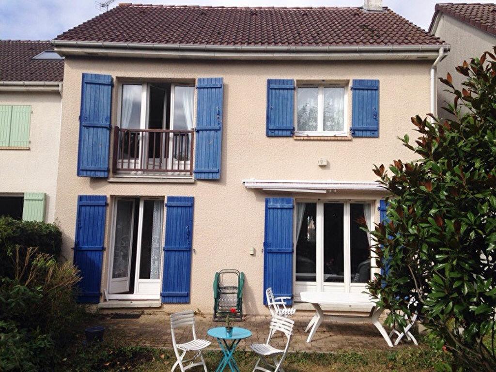 Achat Maison 6 pièces à Villepreux - vignette-1