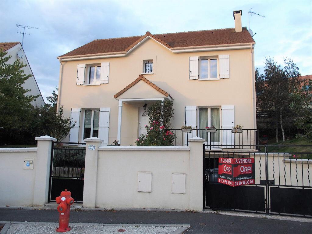 Achat Maison 8 pièces à Fontenay-le-Fleury - vignette-1