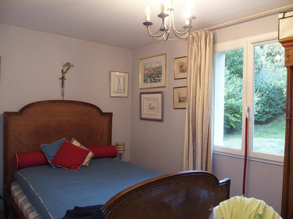 Achat Maison 8 pièces à Fontenay-le-Fleury - vignette-5