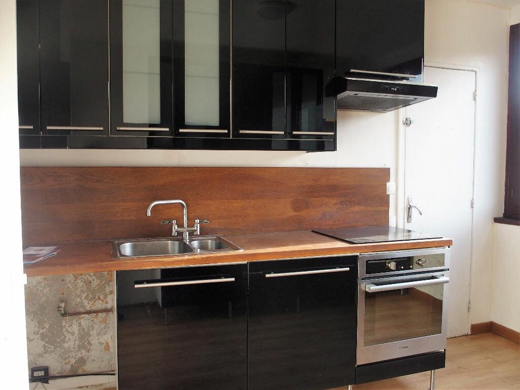 Achat Appartement 5 pièces à Fontenay-le-Fleury - vignette-3