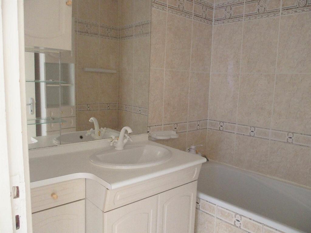 Achat Appartement 5 pièces à Fontenay-le-Fleury - vignette-6