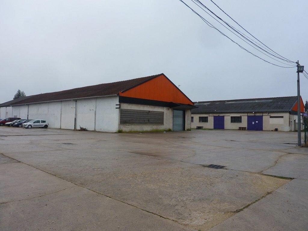 Location Local commercial  à Villenoy - vignette-1