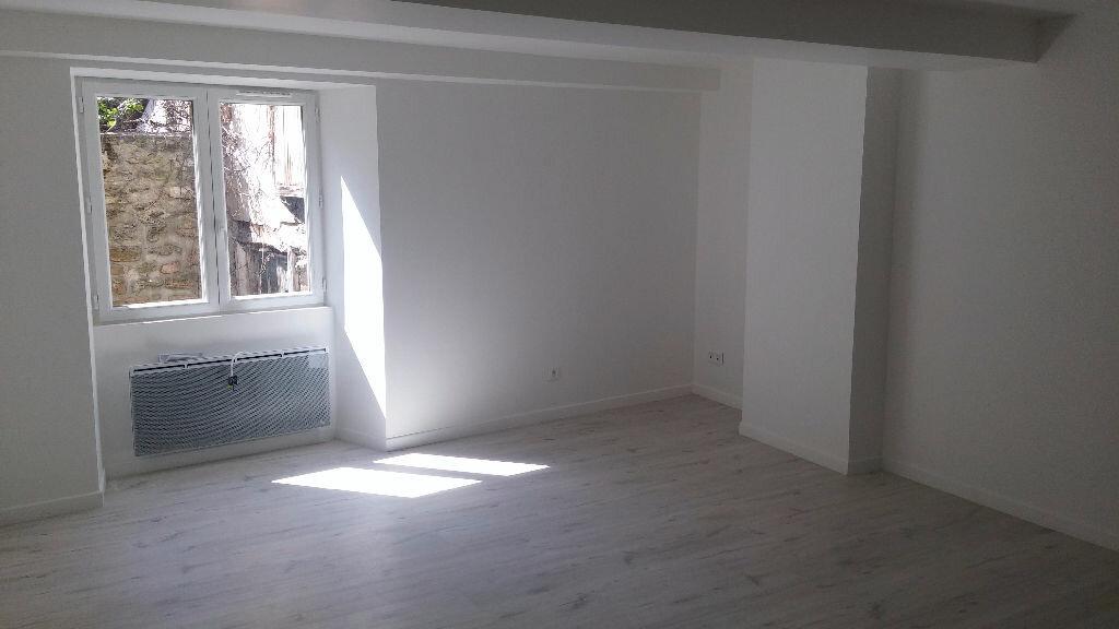 Location Appartement 1 pièce à Coulommiers - vignette-1
