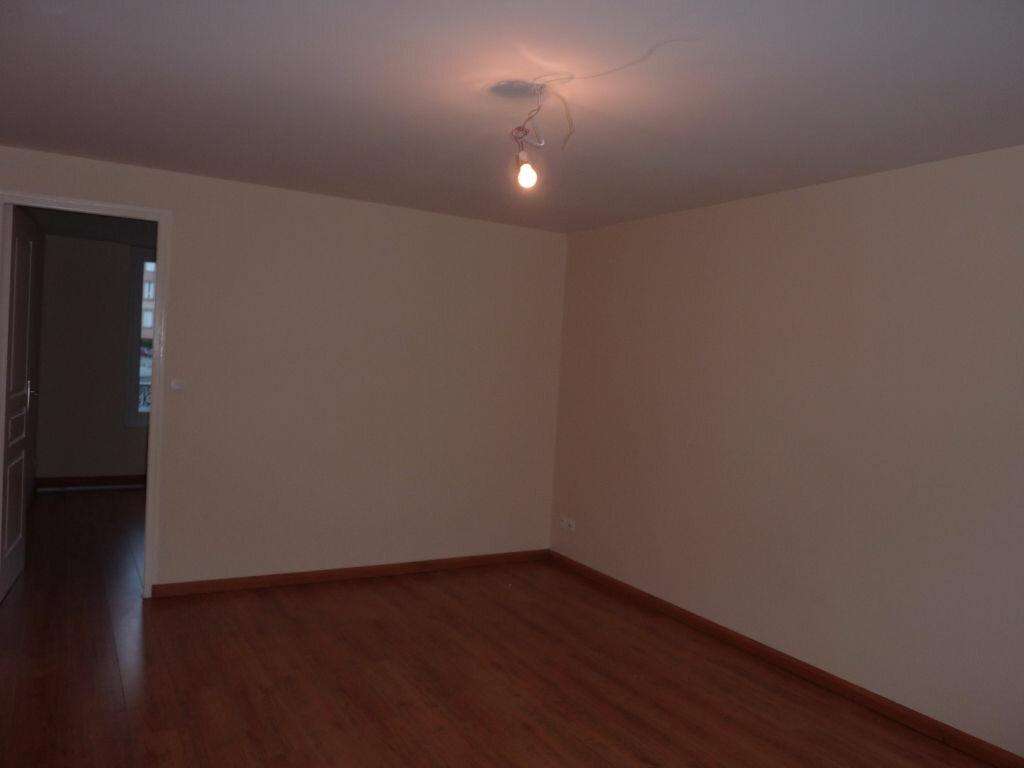 Location Appartement 3 pièces à Coulommiers - vignette-1
