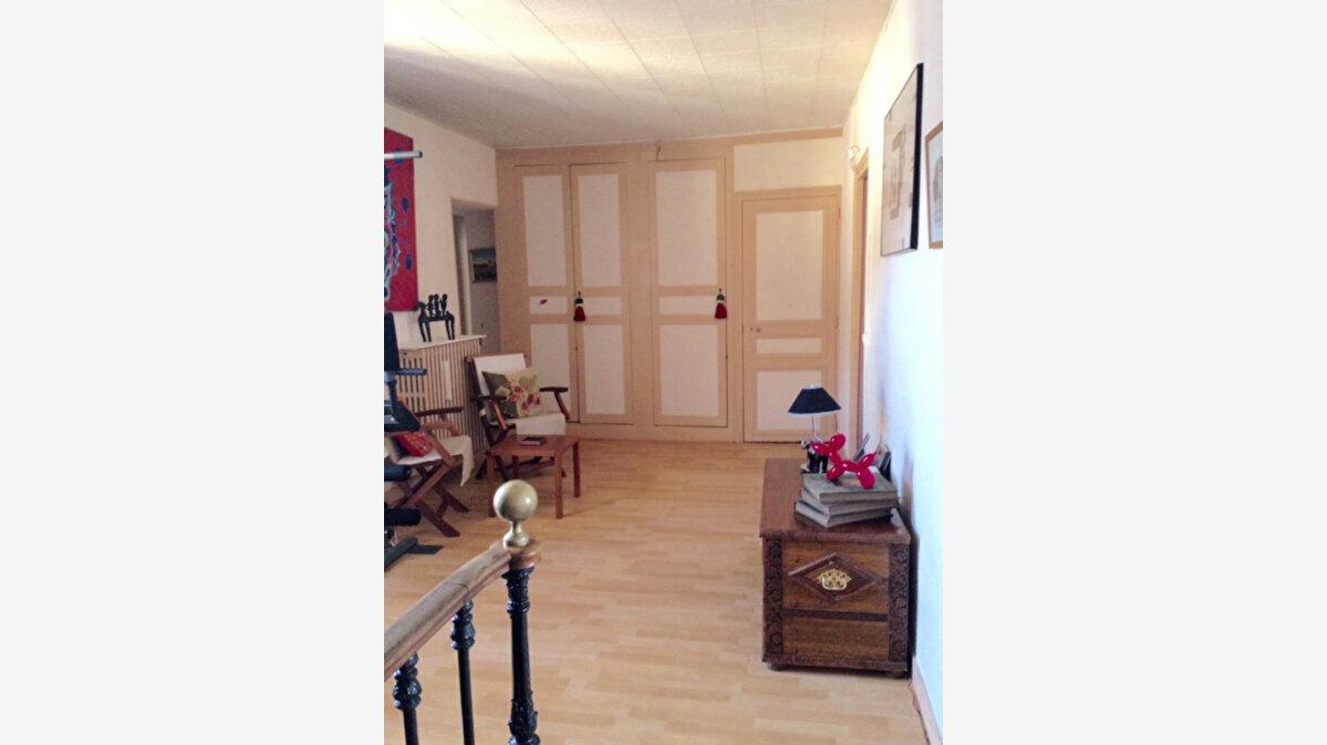 Achat Maison 5 pièces à Coulommiers - vignette-3
