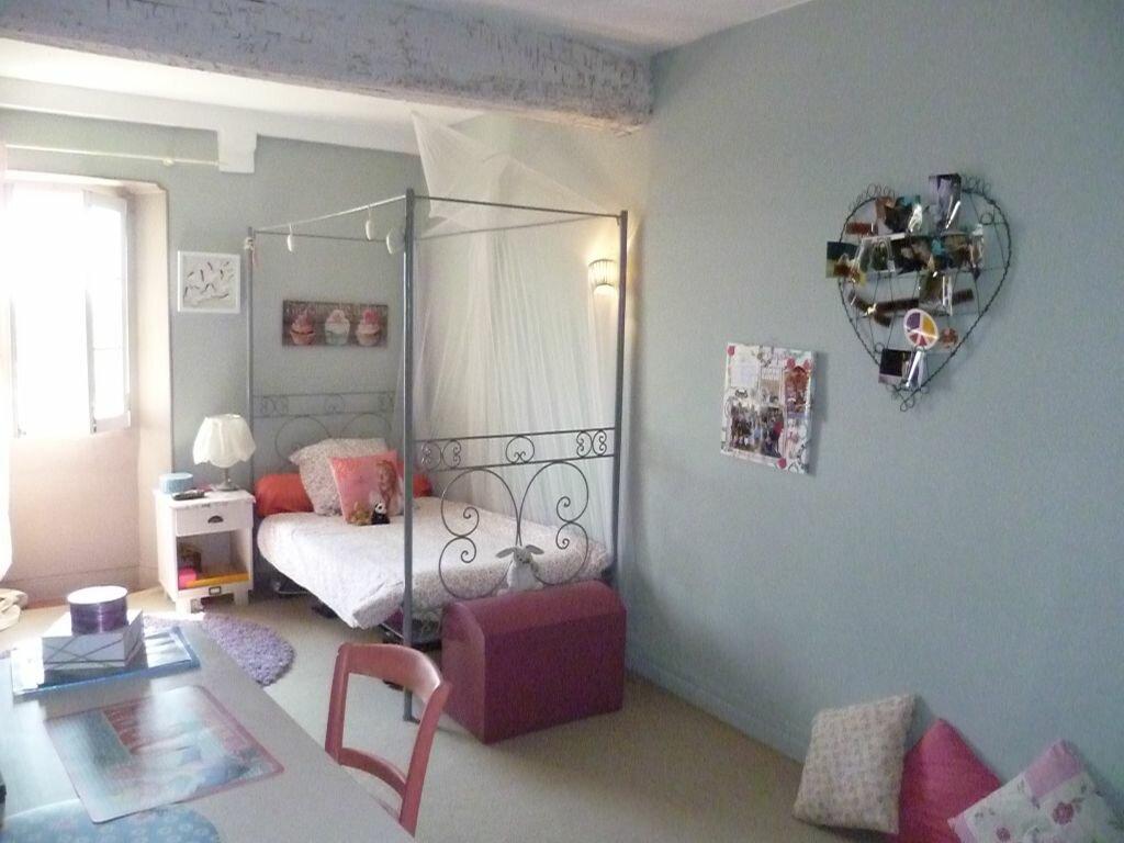 Achat Maison 6 pièces à Cagnes-sur-Mer - vignette-10