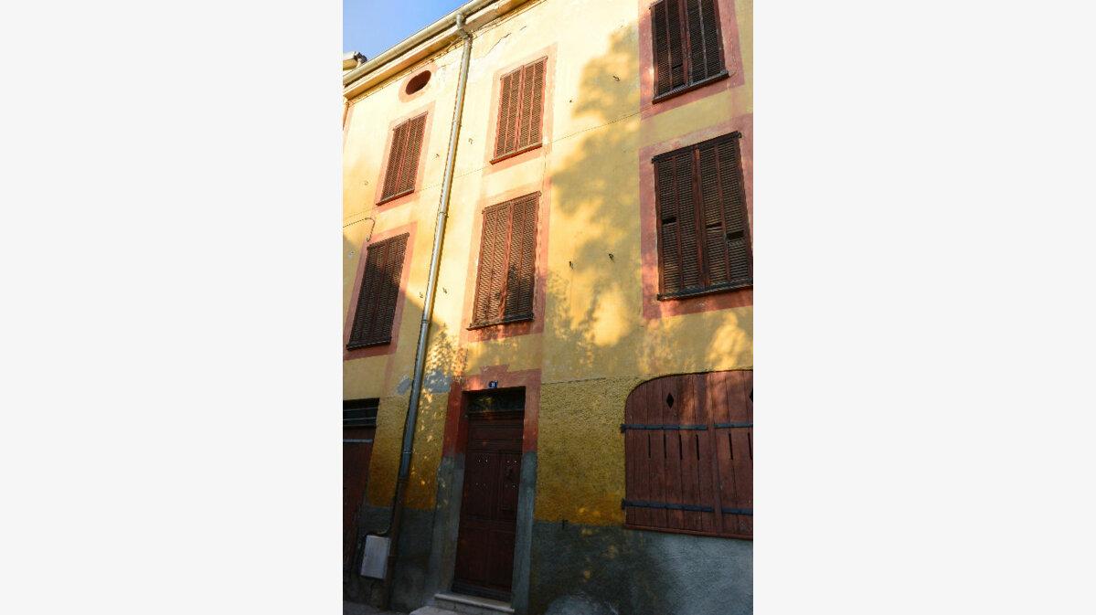 Achat Maison 10 pièces à Villeneuve-Loubet - vignette-1