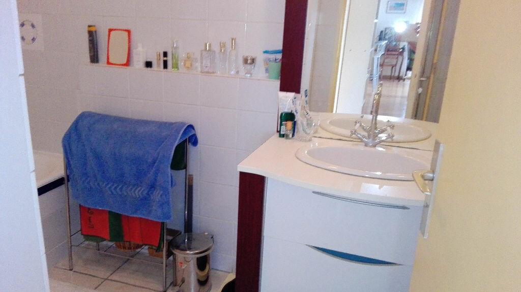Achat Appartement 3 pièces à Cagnes-sur-Mer - vignette-9