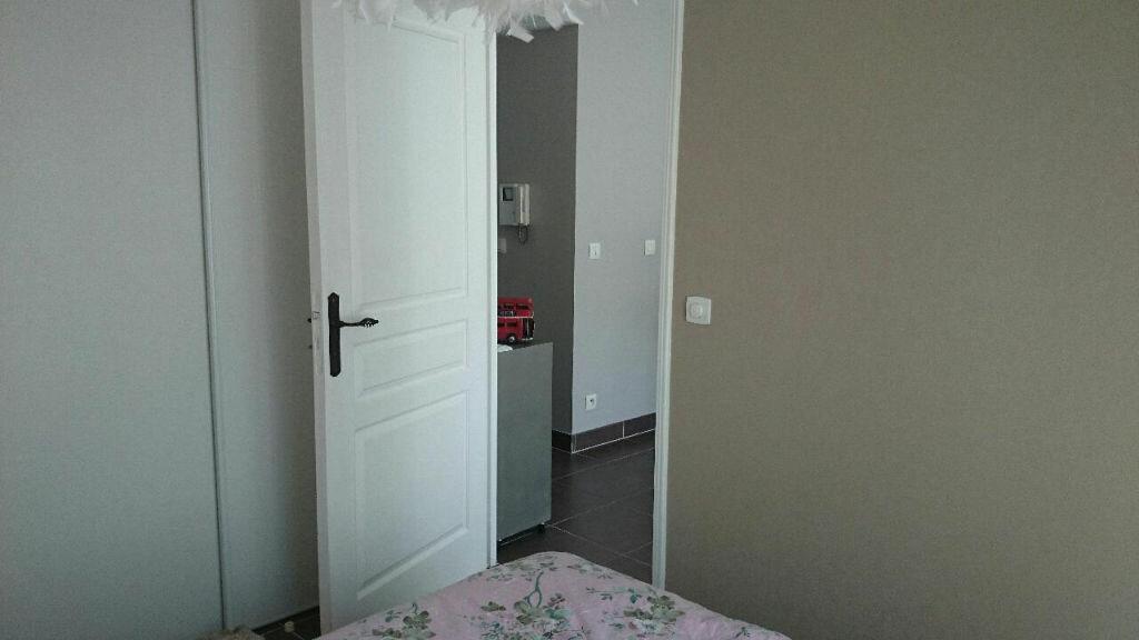 Achat Appartement 2 pièces à Cagnes-sur-Mer - vignette-7