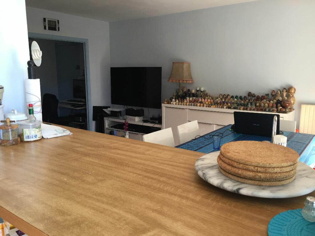 Achat Appartement 3 pièces à Villeneuve-Loubet - vignette-2