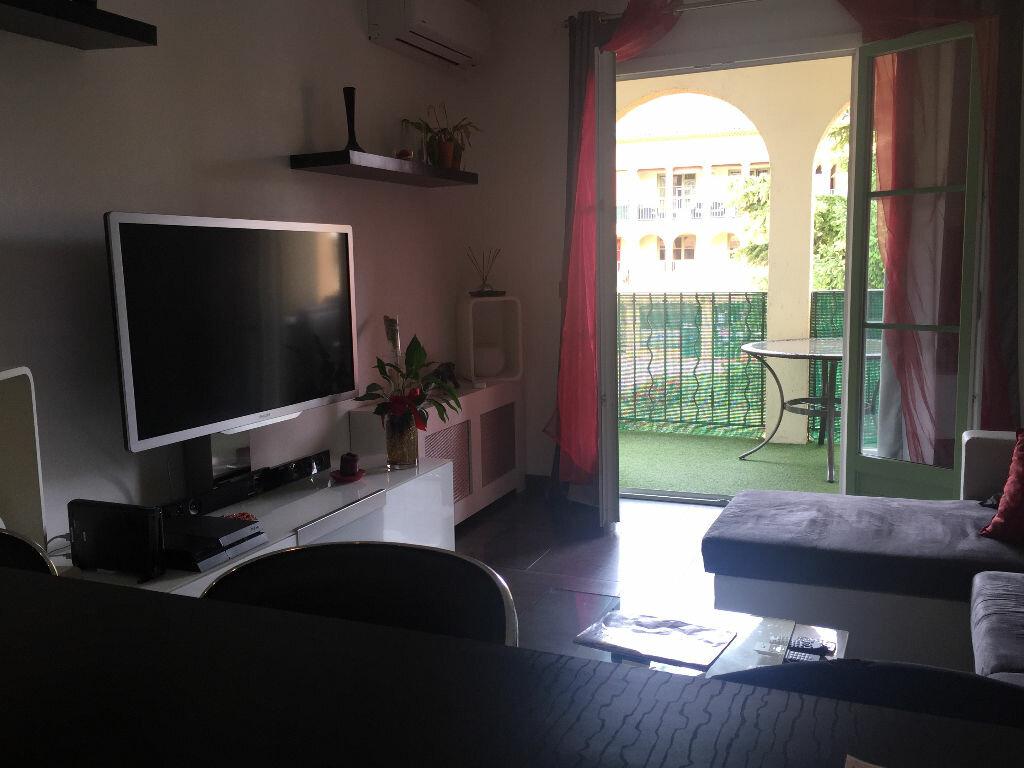 Achat Appartement 2 pièces à Villeneuve-Loubet - vignette-1