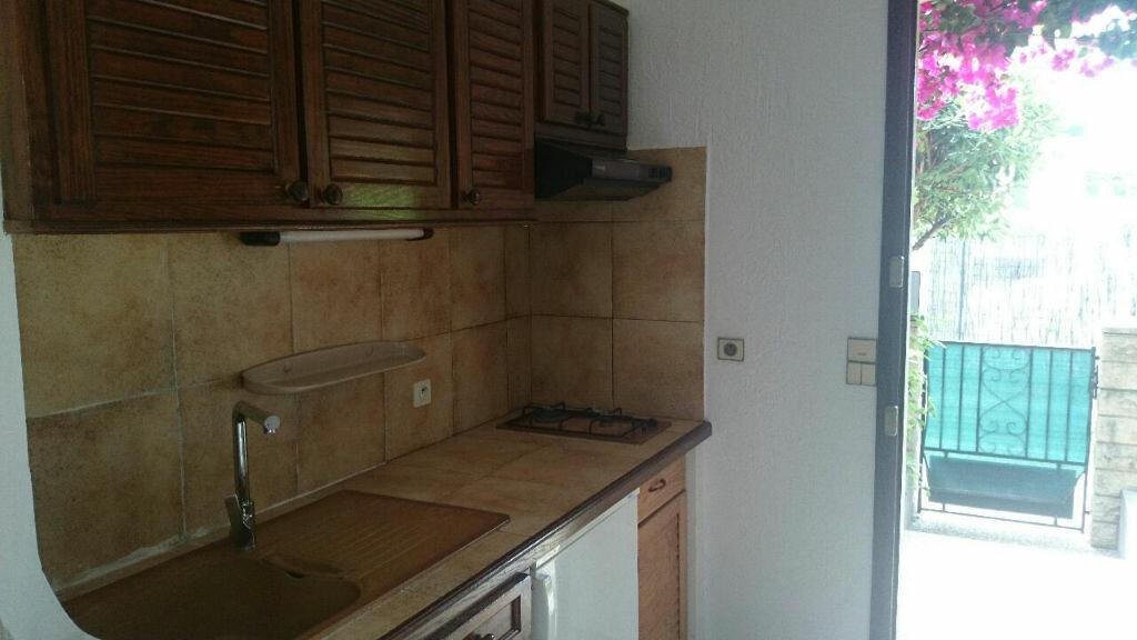 Achat Appartement 1 pièce à Saint-Laurent-du-Var - vignette-6