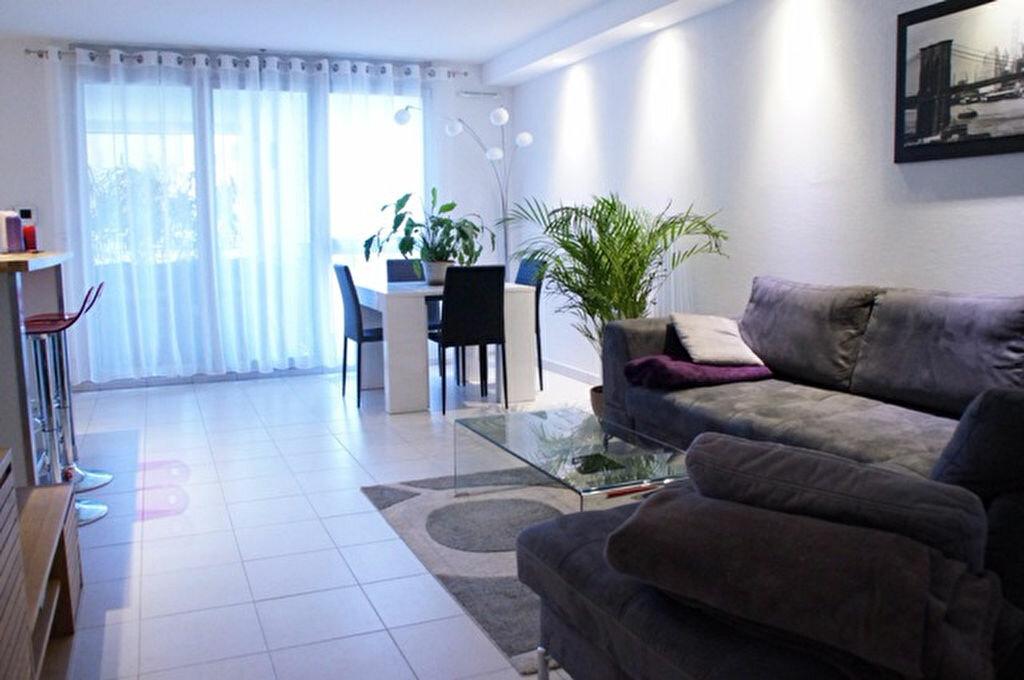 Achat Appartement 3 pièces à Villeneuve-Loubet - vignette-1