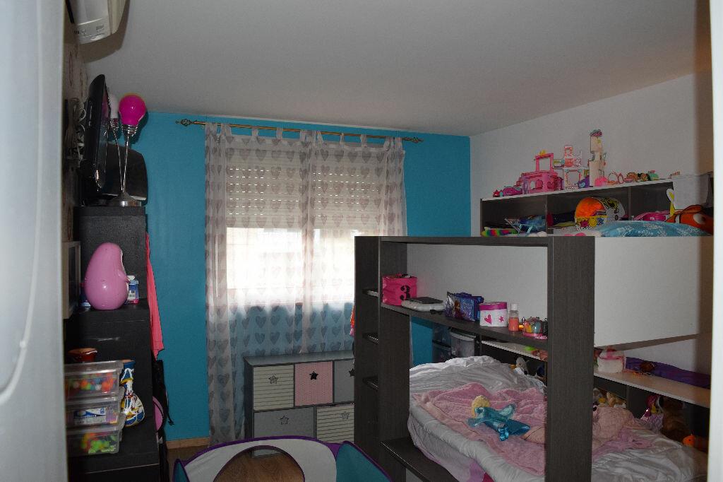 Achat Appartement 5 pièces à Villeneuve-Loubet - vignette-1