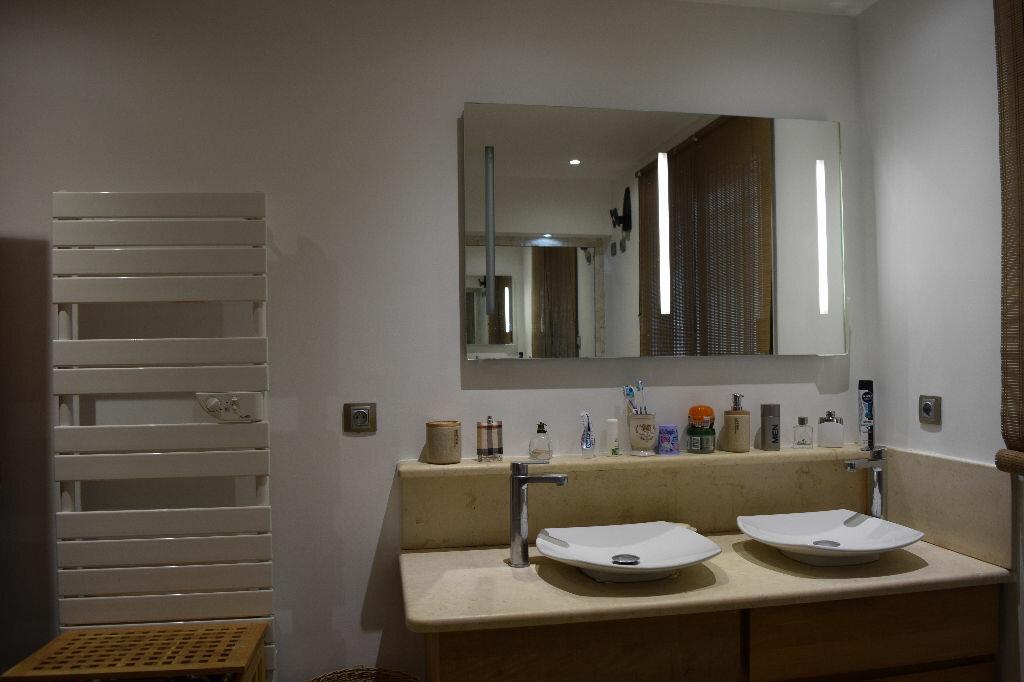 Achat Appartement 5 pièces à Villeneuve-Loubet - vignette-4