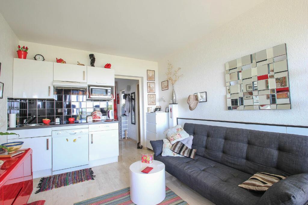 Achat Appartement 2 pièces à Villeneuve-Loubet - vignette-4