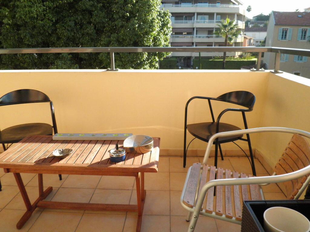 Achat Appartement 3 pièces à Cagnes-sur-Mer - vignette-5
