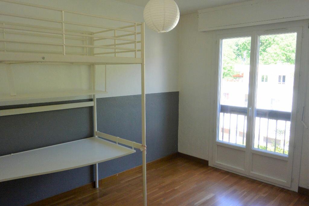 Achat Appartement 4 pièces à Villeneuve-Loubet - vignette-3